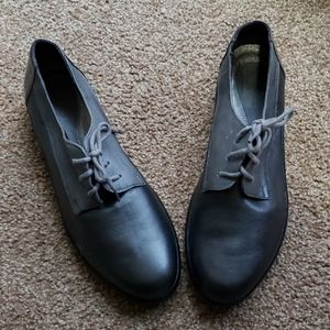 NAOT 3 tone gray leather oxford style shoes